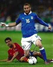 Italy Daniel De Rossi Autographed Signed 8x10 Photo COA A