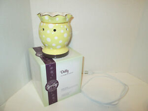 SCENTSY Dotty Full Size Wax Warmer Electric Retired Discontinued