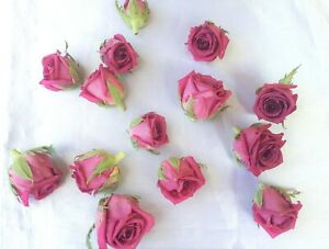 Freeze-dried rose heads. Lovely pink color. 6 in a box. Size 3/3 cm.