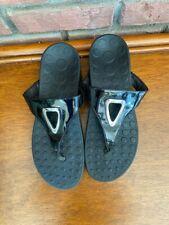 Women's Orthaheel (now Vionic) Black Sandals Thongs~Sz 9~Metal Detail~Open Toe