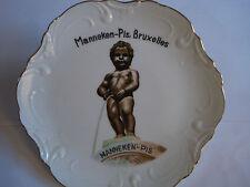 MANNEKEN PIS - BRUSSELS - PORCELAIN WALL PLATE - COLLECTABLE