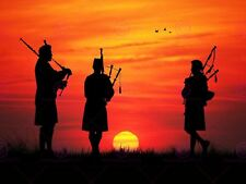 PHOTOGRAPH  SUNSET TRIO SCOTS PIPERS SILHOUETTE ART PRINT MP5549A