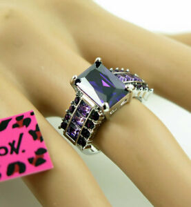 New purple Crystal White Colour Betsey Johnson Ring Size 8 Lady's Woman Gift
