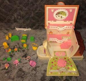 LOT Vintage Hasbro CHARMKINS Jewelry House Furniture Figure Honey Bee Train Toy