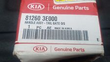 2003-2008 Kia Sorento tailgate handle nNEW OEM 81260-3E000