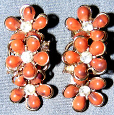 VINTAGE STUNNING CRYSTAL CORAL COLOR LUCITE PRETTY FLOWERS CLIP ON EARRINGS