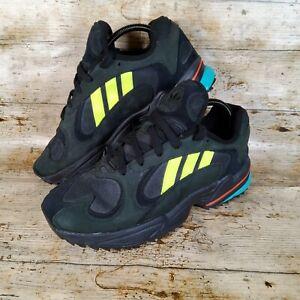 Adidas YUNG-1 TRAIL SHOESBlack / Yellow / Black Suede UK 8 EUR 42 US 8.5 EE5321