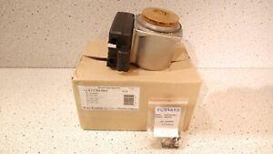 Grundfos Junkers Pumpe Pumpenmotor DDPWM 15-60 8717204556-0 OVP NEU