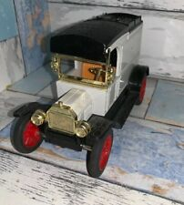 Errl Diecast Bank 1913 Midel T Van Missing Key