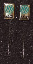 IAA 1993 2 x VW IAA Anstecknadel