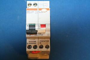 Disjoncteur Différentiel Merlin Gerin 16A 21025 230V 300mA 21451