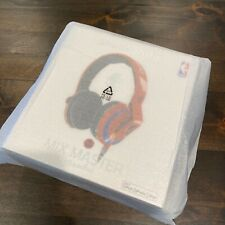 New in Unopened Box Skullcandy NBA Mix Master Headphones New York Knicks