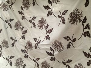 11 Mts Eau De Nil Faux Silk Fabric Chocolate & Silver Velvet Honeysuckle Flock