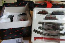 """Marklin Z Gauge """"Gift Box"""" Starter Set including track, transformer"""