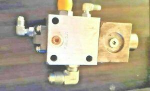 CUMMINS 3076332 VALVE,OIL CONTROL