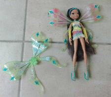 Winx Club Glam Magic Doll Enchantix Layla/Aisha with both sets of wings