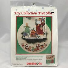 NIP Dimensions Toy Collection 8393 Tree Skirt Cross Stitch Kit Christmas 1989