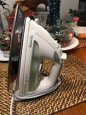 Rowenta Professional Luxe Vertical Steam Iron