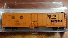 Atlas 36615 PFE UP SP PACIFIC FRUIT EXPRESS 50 Reefer #300153 w Knuckle Couplers