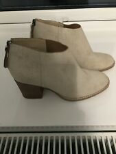 clarks womens boots size 5 white leather new