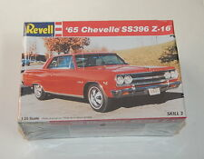 Revell 65 Chevelle SS396 Z-16 SEALED 1996 1/25 Scale R11878