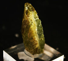 CRISTAL DE SPHENE TITANITE  DU BRESIL mineraux de collection