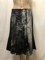 Nic by Nicola Waite Skirt ~ Size 2 or AU 12 ~ Exc Cond w/ Print Design on Middle