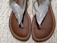 CARLOS by CARLOS SANTANA Silver Leaf Thongs Stack Wedges Sandals Women's Size 6
