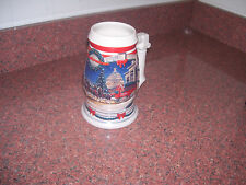 BUDWEISER STEIN 2000 HOLIDAY AT THE CAPITOL CERAMARTE