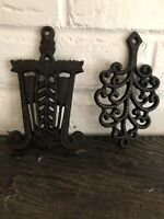 Vintage Wilton Set Of 2 Cast Iron Trivets With Feet  Set of 2