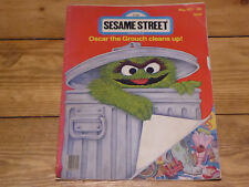 Sesame Street  - Oscar the Grouch cleans up! May 1977 Collector's magazine