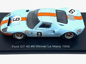 1:43 scale Spark Ford GT40 Le Mans Winning Sports Car - Rodriguez & Bianchi 1968