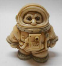 Harmony Kingdom Moon Walker Astronaut Lidded Trinket Box Pot Belly