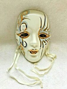 ARTIST SIGNED CERAMIC MARDI GRAS MASK WALL HANGING DECOR