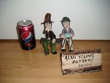 Alan Young Pottery ~ 2 Men On A Bench ~ Excellent ~ RARE