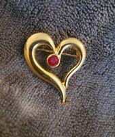 VINTAGE AVON GOLDTONE CRYSTAL HEART BROOCH PIN