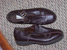 womens g wiz oprah brown leather cut out side buckle shoes size 8 1/2