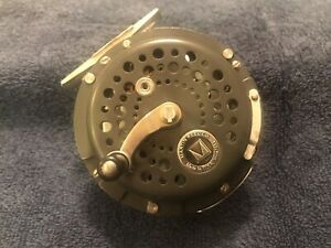 VINTAGE Martin Reel Company Model MG-10 Fly Reel Excellent Condition