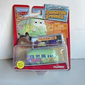 NEW Disney Pixar Cars 2021 Welcome to Radiator Springs Fillmore with Key Chain