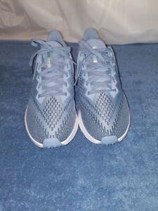 Women Nike Zoom Winflo Running Shoes  Silver,  Size 9.5