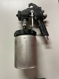 Accuspray No. 10 Turbine HVLP Spray Gun and Many Accessories (70-0040-1720-1)