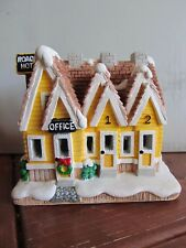 Holiday Time Christmas Village Hand Painted Roadside Motel 10273 Cali Creations