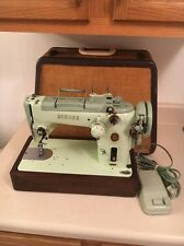 Singer Model 319W Sewing Machine With TRAPEZOID CASE!! Nice Condition!!