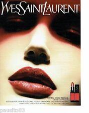 PUBLICITE ADVERTISING 116  2004  Yves Saint Laurent   maquillage rouge à lèvres