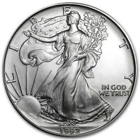 (1) 1992 AMERICAN SILVER EAGLE UNITED STATES MINT BRILLIANT UNCIRCULATED COIN!