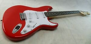Squier by Fender Stratocaster Electric Guitar Hardtail Classic Gloss Red Strat