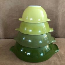 Pyrex Set of 4 Mixing bowls vintage green avocado lime mid century modern solid