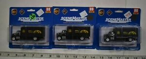 Lot 9-238 * HO Scale Walthers Scenemaster 3 x 949-11293 Single Axle Box Van, UPS