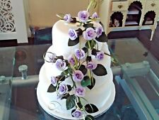 WEDDING CAKE SUGAR 18 TRAILING ROSES IN LILAC ,OTHER COLOURS AVAILABLE,