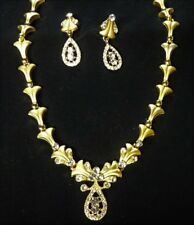Necklace & Earring Set Beautiful Gold Tone with Sparkly Rhinestones B